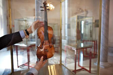 中野・江古田 バイオリン 個人レッスン ヴィオラ 吉瀬弥恵子 ワイズ音楽教室 高価な楽器を持つということ